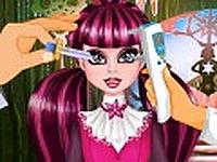 Draculaura eye care